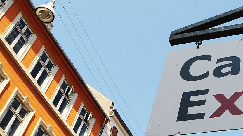 About Café Exit