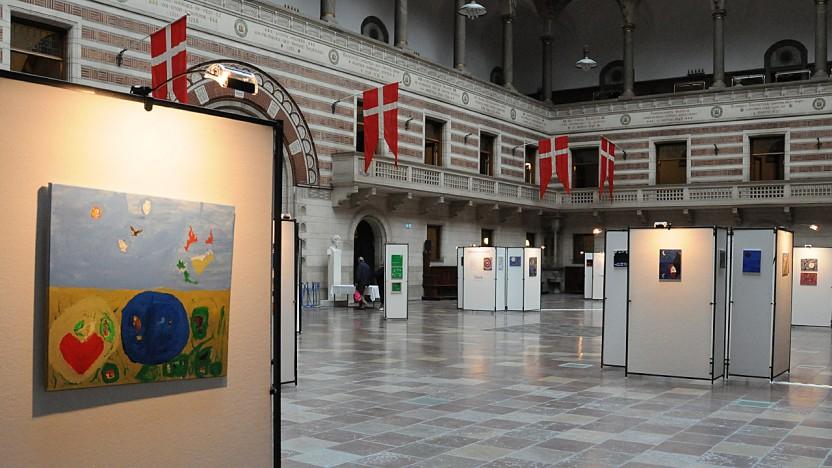 Fængslende udstilling på Københavns Rådhus