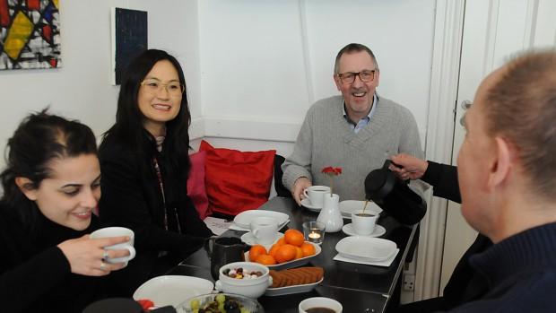 Socialborgmesteren på besøg i Café Exit