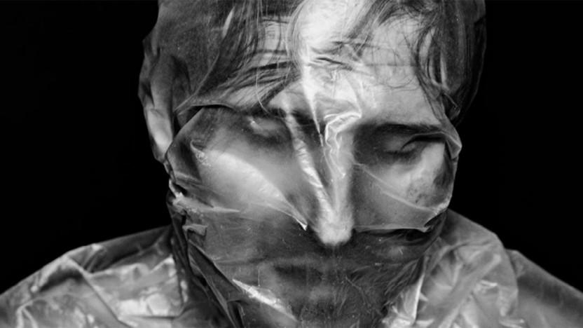 Østerbro Teater efterlyser deltagere til at udvikle og medvirke i forestilling: Hvad sker der med kroppen, når man spærres inde? - Prøver i maj